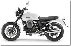 2013-MotoGuzzi-V7Stone3