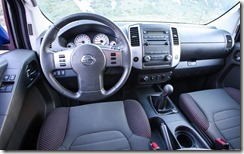 2012-Nissan-Frontier-4X4-PRO4X-dash-view